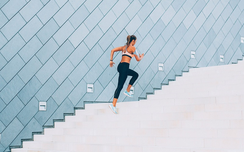 Femme fitness footing
